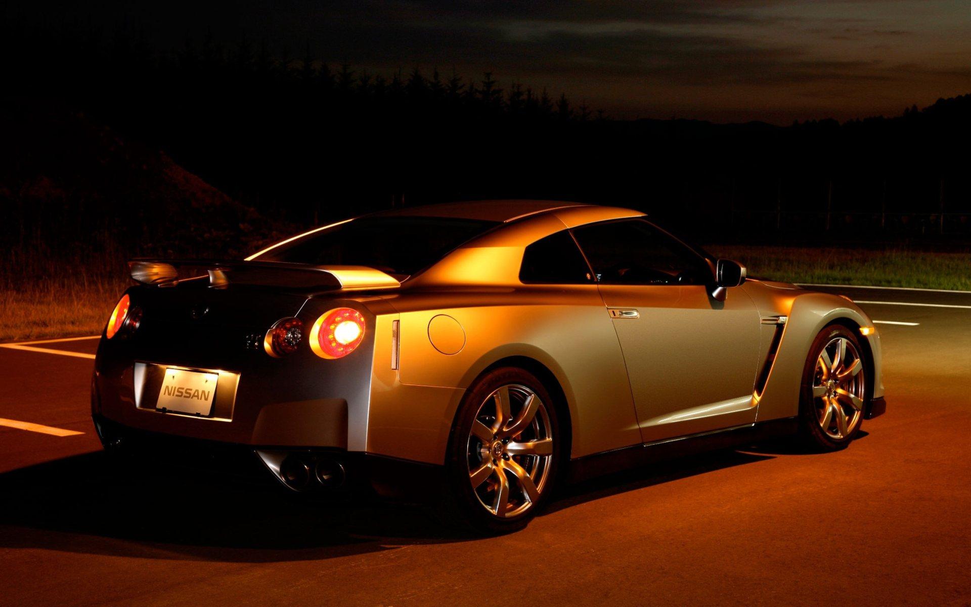 Nissan GT-R, экстерьер.