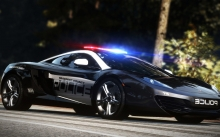 Need for Speed Hot Pursuit 2010, NFS, McLaren MP4-12C, МакЛарен МП4, Полиция, сирена, мигалки, лес